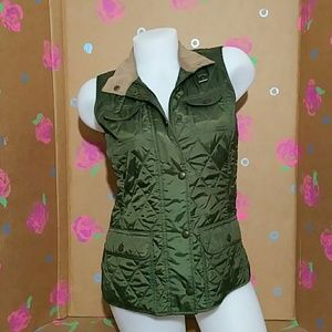 Banana Republic Quilted Green Vest Size XS